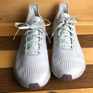 New Brooks Pure Beat Women's Running Shoes Size 10